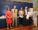 Foto de grupo con el ganador de Educación Especial