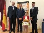 La ganadora de Cantabria XXXVII Edición con las Autoridades