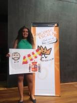 La ganadora de Canarias, Ana Lopez Aragón, mostrando su trabajo