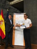 Ganador de Canarias con el Presidente de Canarias