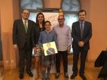 La ganadora de Rioja, Mar Muerza Domínguez, con las Autoridades.